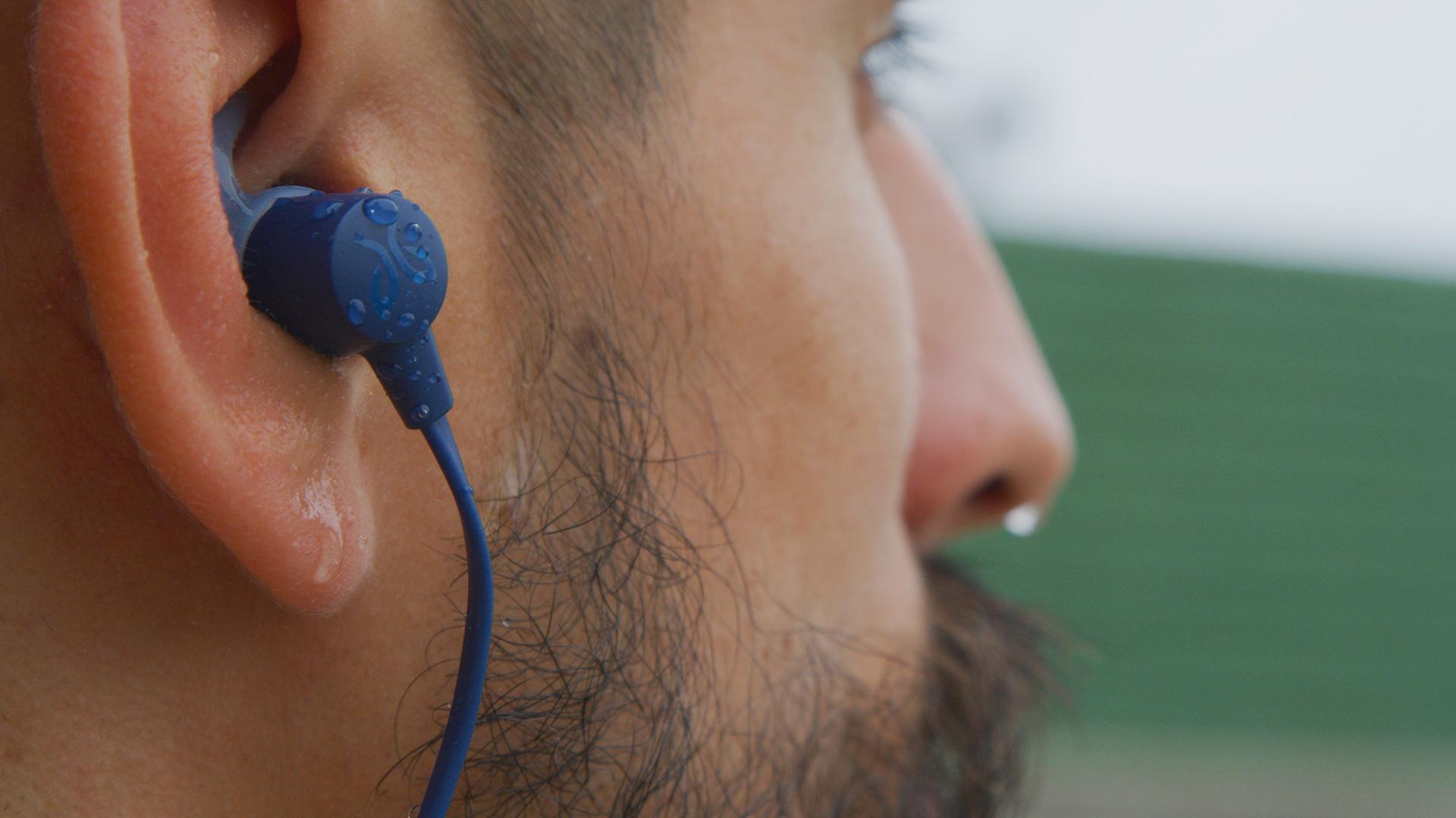 mejores auriculares para correr baratos: Jaybird Tarah
