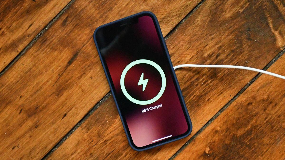 MagSafe del iPhone 12 adelanta el futuro del iPhone: así es como