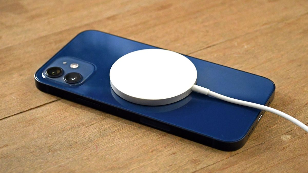 iPhone 12 MagSafe: lo que nos dice sobre el iPhone 13