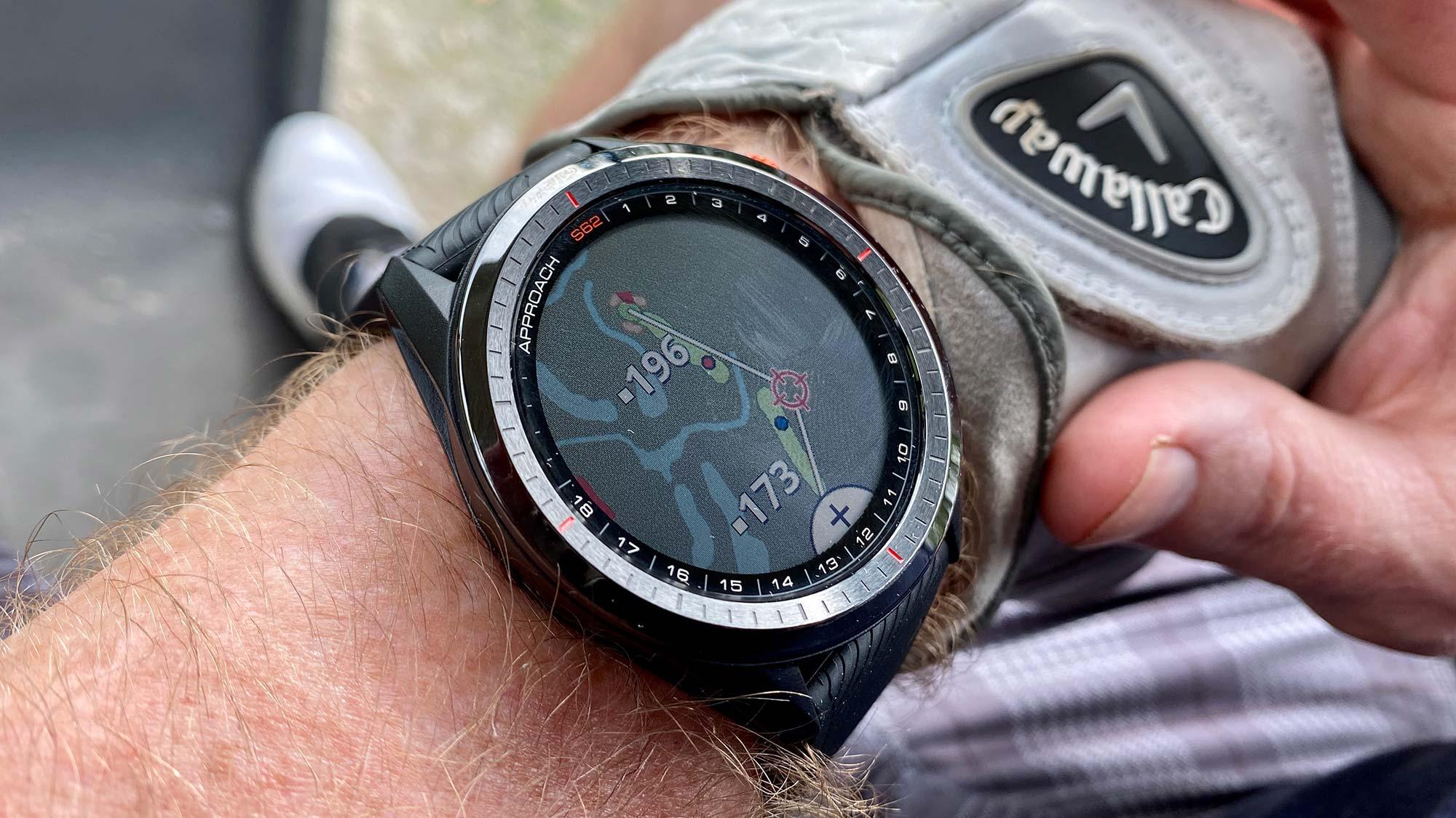 mejores relojes deportivos: Garmin Approach S62